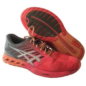 ASICS Ladies Size 10 Running Training Shoes